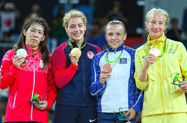 helen with other medal winners